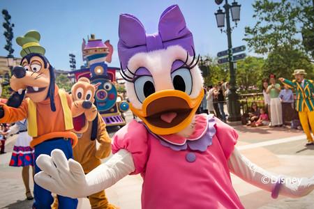 <上海迪士尼Disney-半自助双高4日游>0购物0自费,含2日乐园联票,宿迪士尼乐园度假区附近酒店,可升级玩具总动员或乐园主题酒店