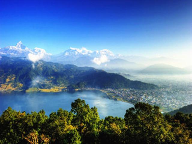 [國慶]<尼泊爾加德滿都-博卡拉-納加闊特6日5晚當地游>2人成團/世遺古跡/雪山美景/亞洲瑞士/風味餐