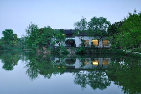 <西溪湿地-西湖-雷峰塔1日游>纯玩无购物  专业导游带你品味杭州