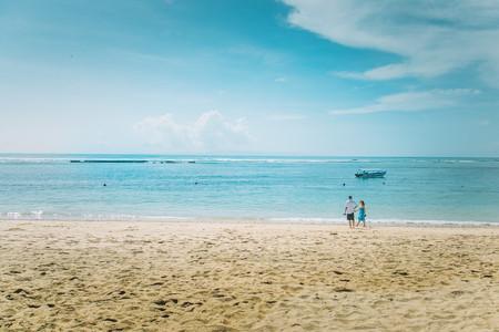 <巴厘岛6晚8日游>西安鹰航直飞 出海蓝梦岛  含下午茶 印尼脏鸭餐 金巴兰BBQ