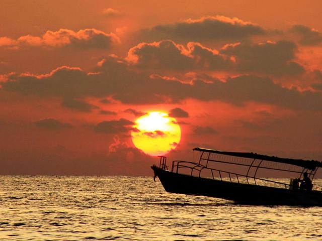 涠洲岛上看落日