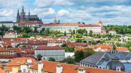 东欧五国波兰+奥天时+捷克+匈牙利+斯洛伐克12日游
