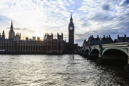<欧洲英国一地10日游>3/4酒店,东航直飞,双名城伦敦、约克,双学府牛津、剑桥,大英博物馆,温莎古堡,比斯特购物村