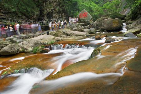 <臨安2日游>登大明山賞飛瀑太湖源山中酷爽漂流領略不一樣的風情