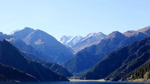 新疆天山天池-喀纳斯-赛里木湖-那拉提-巴音布鲁克10日游