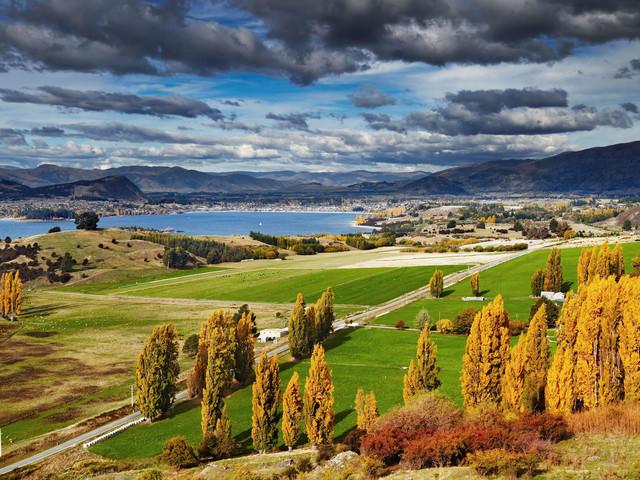 <新西兰南岛-基督城-蒂卡普-蒂阿瑙-皇后镇-奥玛鲁悠享6日游>皇后镇周边深度游玩,风景如画箭镇/四大绝美湖泊(当地游)