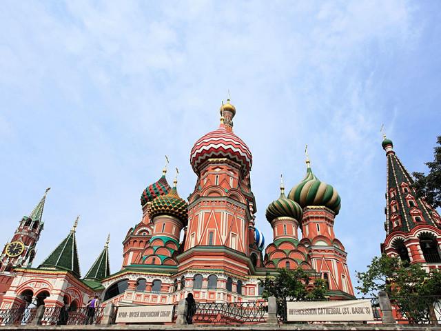 俄罗斯+圣彼得堡9日跟团游 【限时特价】团队