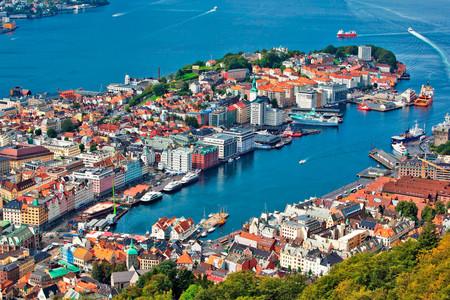 <北欧-丹麦+芬兰+瑞典+挪威10-11日游>成都起止,一价全含,哈当峡湾游船,腓特烈城堡,斯德歌尔摩游船,卑尔根,升级邮轮海景舱及海鲜自助晚餐,拒签全退
