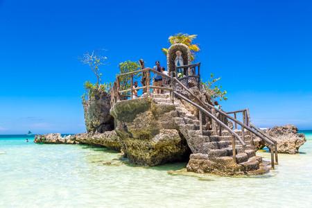 <长滩岛5或6日半自助游>南京直飞,入住阿兰达酒店或同级,可升级高尔夫,汉娜系列,派领队,含接送签证三税,白沙滩巡礼,可订出海
