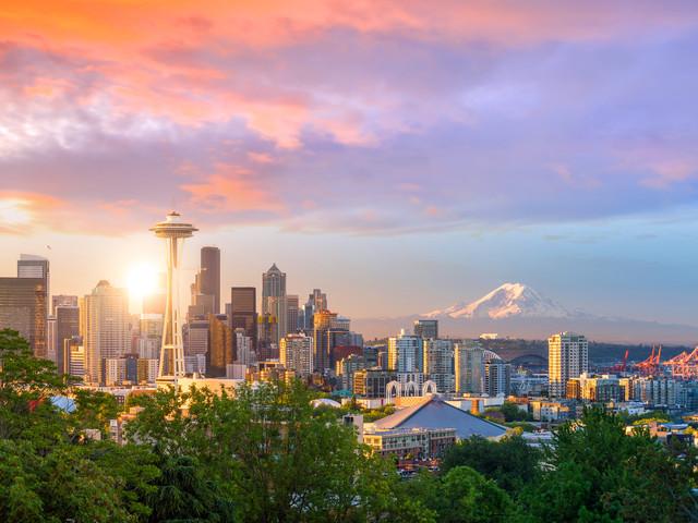 <美国西雅图全景4日游>接送机服务,派克市场、太空针塔、奥林匹克国家公园、德国村(当地游)