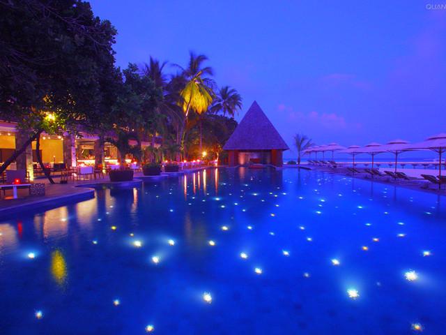 马尔代夫|灯光泳池