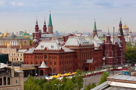 <俄罗斯双都+金环小镇6晚7日深度游>莫斯科上团、圣三一大修道院、红场、克里姆林宫、冬宫广场、夏宫30人团(当地参)