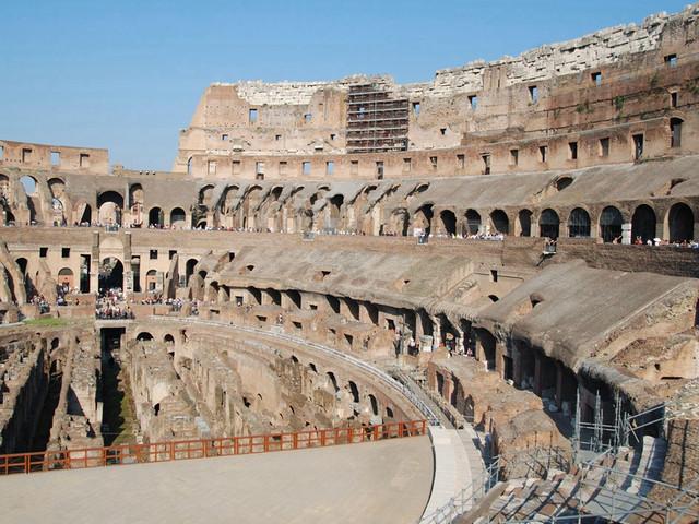 游览罗马古迹