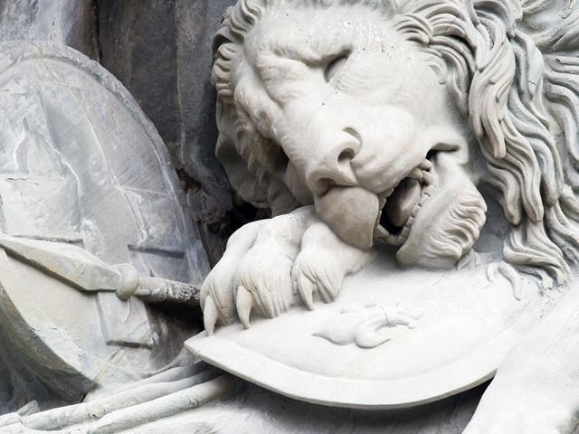 垂死狮子像
