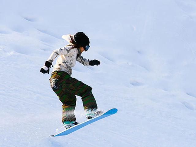 灵珠山滑草滑雪场