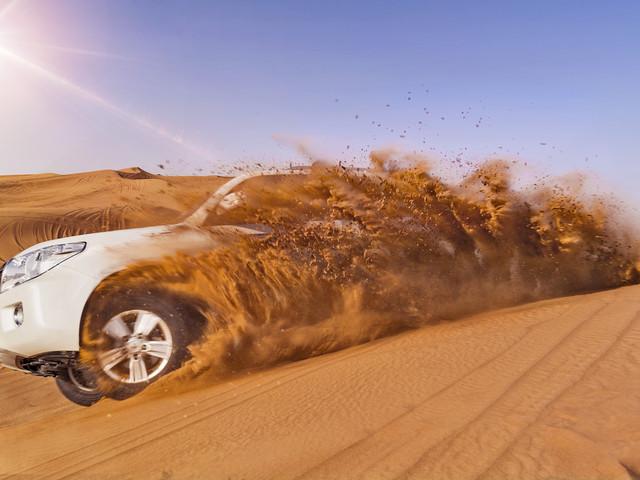 <迪拜4天3晚休闲游>(两人成团,天天发团)迪拜集散,特别安排2天自由活动,全程四星酒店,赠送沙漠冲沙,接送机