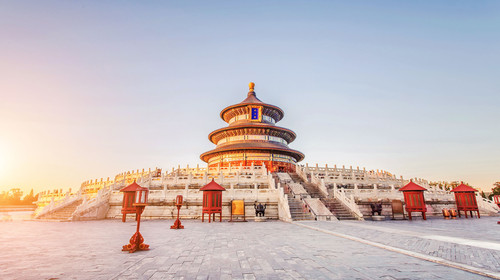 快手春晚预算30亿 妻子的浪漫旅行 哪吒涉嫌抄袭起诉 北京双高或双动5日游游