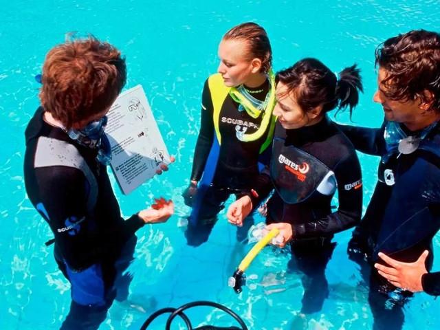 专业潜水课程塞班岛PADI国际潜水证OW/AOW开放水域潜水员课程