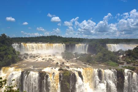 <哥伦比亚+巴西+阿根廷+乌拉圭+秘鲁+智利6国22天大全景游>一价全含/四至五星酒店/帕恰卡马克遗址,伊瓜苏大瀑布,亚马逊雨林