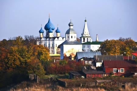 俄罗斯莫斯科-圣彼得堡海航双点8日游