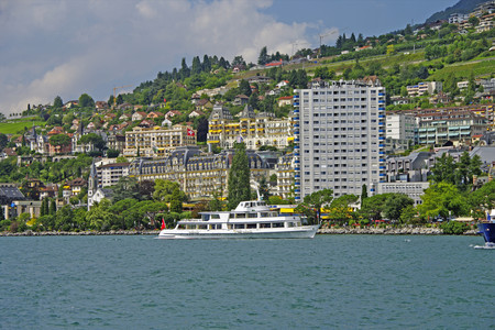 <德国+瑞士+法国+西班牙6晚7日游>巴塞罗那集散、行程全面升级、四星酒店、安纳西小镇、万国宫、圣家族教堂、浪漫南法(当地游)
