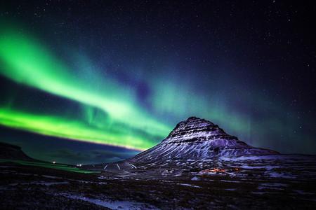 <冰島9晚10日游>雷克雅未克集散、30人團、黃金圈、斯奈山半島、冰河湖、黑沙灘、間歇泉、冰島全覽(當地參團)