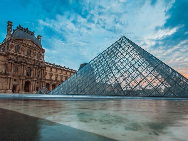 <法国巴黎-里昂-尼斯7晚9日自由行>巴黎进尼斯出,自选航班、酒店,推荐参考行程,深度游览,法式风情,可定内陆机票、欧铁、接送机