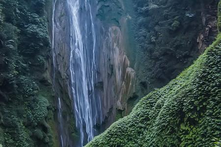 [春节]<南宁德天瀑布+通灵峡谷3晚4日游>游气势磅礴的跨国德天大瀑布,灵气飘逸的通灵大峡谷,感受醉人风光,当地参团