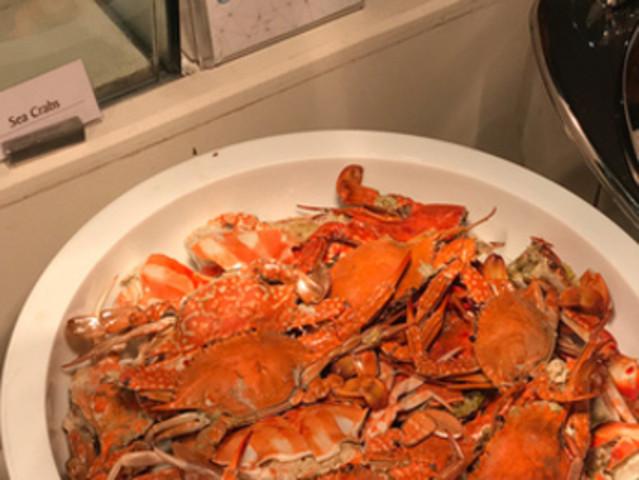 <菲律宾长滩岛 水晶餐厅自助晚餐券>【特色菲国菜+各国料理+无限量海鲜+预约免排队】