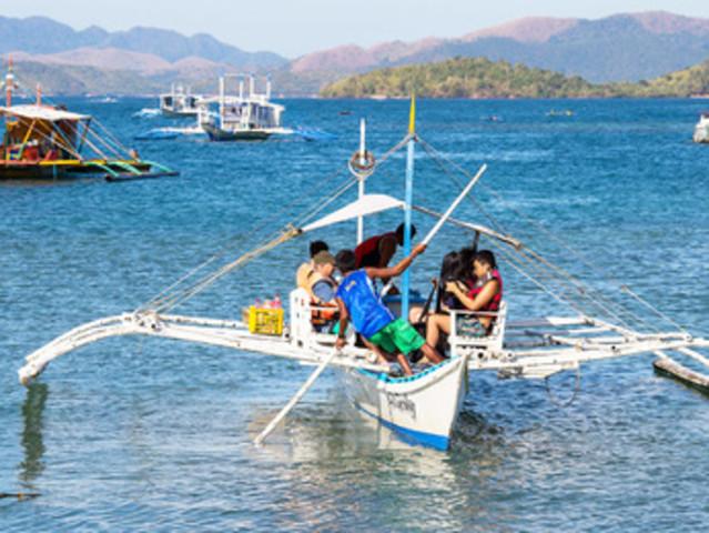 < 长滩岛螃蟹船包船出海一日游>4小时自由浮潜+Puka沙滩日光浴+行程自由安排