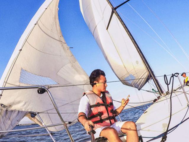 <厦门环岛路帆船体验【出海湿身 五缘湾帆船出海偶遇白海豚】>来厦必体验 保证安全 新玩法