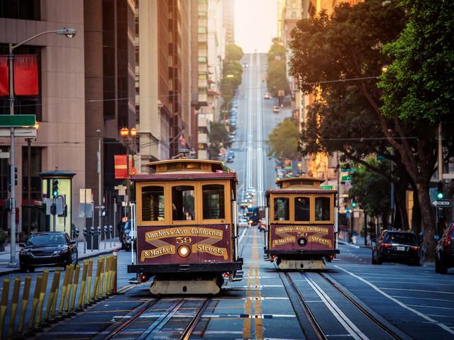 <【中文司機 專車接送】美國舊金山機場-舊金山市區單程接機送機>中文司導,無語言障礙航班延誤,免費等待90分鐘,假期安全+方便+無憂