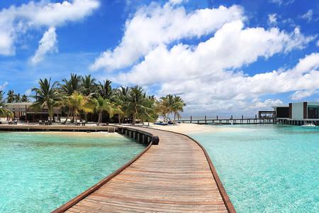 [春节]<马尔代夫+吉隆坡6天游>印度洋上的一座岛国,北部与印度,斯里兰卡邻近