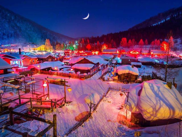 <亚布力滑雪-中国雪乡高铁2日游>网红拍摄景点、6大玩法解锁冰雪旅行、农家饺子宴、双重保险,可升级2人独立包炕