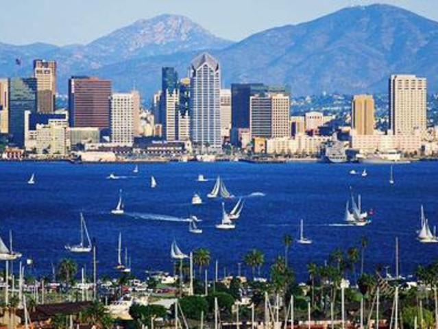 <热门预定【圣地亚哥一日游】>中途岛号-圣地亚哥海港游船-老城风情