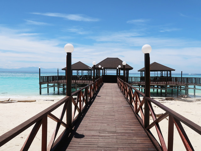 <沙巴亚庇美人鱼岛TB度假村二日游>全新高端Touch Borneo度假村 双面白沙滩 2人起订(当地参团)