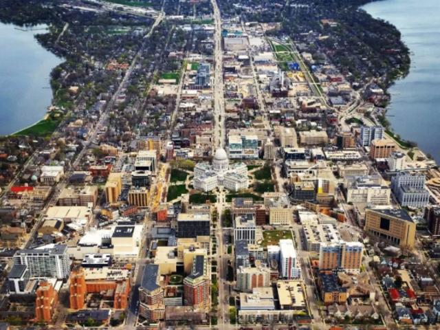 <美国威斯康辛州麦迪逊市区包车一日游>威斯康星州议会大厦+威斯康辛大学麦迪逊分校+Allen Centennial Gardens+植物园