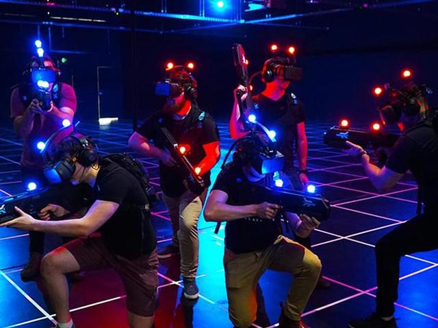 <Zero Latency澳门VR虚拟现实游戏体验>
