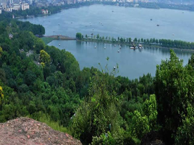 <杭州西湖全景 | 环湖徒步+探洞>纯玩0购物 +上海出发一日游
