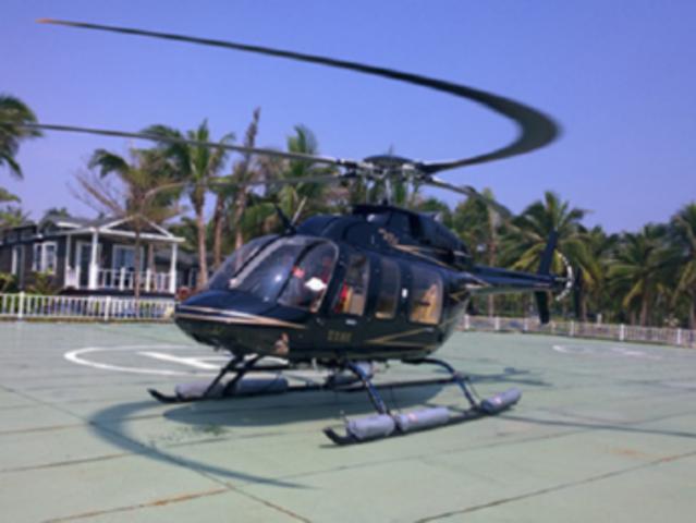 <三亚直升机低空观光体验|可选海棠湾·凤凰岛基地|多条飞行线路可选>【换个角度看三亚+空中翱翔】