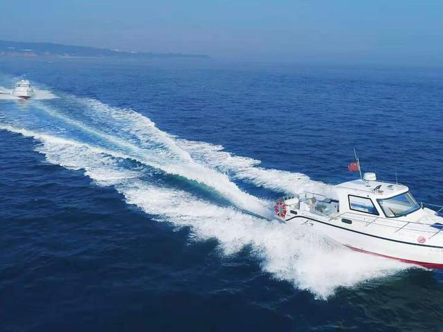 [春節]<北海潿洲島南灣海上運動基地項目:帆船游艇出海-火山口觀光-快艇海釣體驗>海天一色的藍色天堂 玩轉多種出海體驗類型