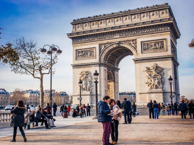 <法国-意大利-巴黎-米兰-威尼斯-佛罗伦萨-罗马10晚12日自由行>App智能导航+巴黎进罗马出精选航司+全程酒店+塞纳河游船+保险+wifi+欧铁票1136