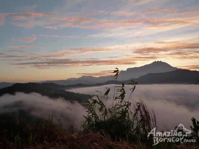 <马来西亚亚庇圣维罗妮卡山日出休闲远足之旅>