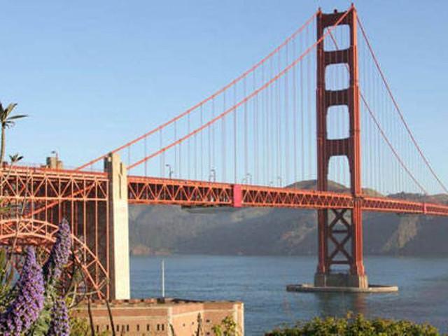 <旧金山红白游船90分钟金门大桥-海湾大桥桥间巡游之旅【恶魔岛/地标巡游/中文语音讲解】>