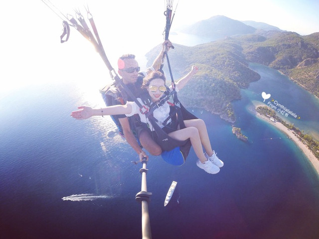 <巴厘岛滑翔伞一日游无动力滑翔伞体验>GoPro拍摄 赠送SD卡视频/相片 颁发证书