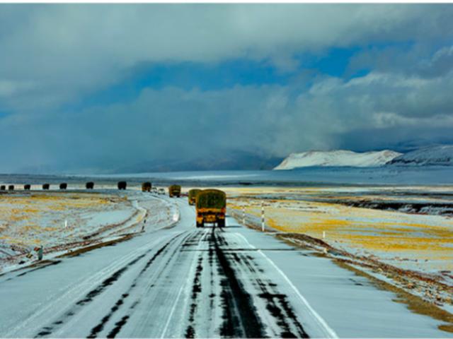 <新藏线 西藏拉萨旅游13日游 阿里无人区跟团游包车自助游>4人越野VIP小团,无购物,穿越无人区,贴心赠送