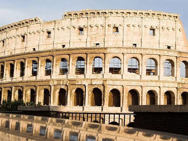 <意大利6晚7日深度游>米兰集散、水城威尼斯、时尚之都米兰、世外桃源五渔村、天空之城、罗马深度游、袖珍国家圣马力诺(当地参团)