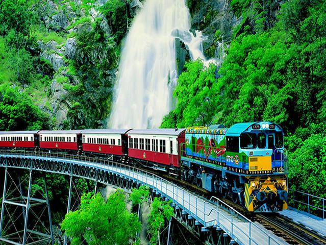 <澳大利亚凯恩斯库兰达热带雨林中文一日游>市区酒店、机场大巴接送