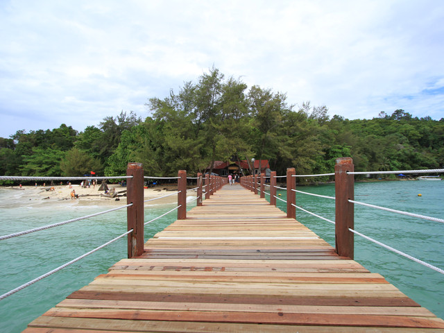 <马来西亚沙巴沙比岛+马努干岛一日游 双岛游>东姑阿都拉曼国家公园旅游 ,浮潜,BBQ自助餐双岛游,香蕉船,拖伞,海底漫步