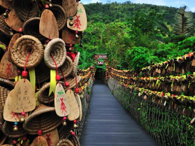 <呀诺达热带雨林1日游>亲子游 雨林探险游